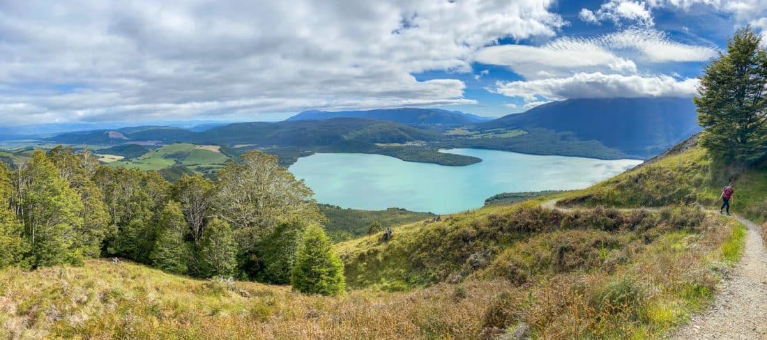 Hiking the Mt Robert circuit in Nelson Lakes National Park