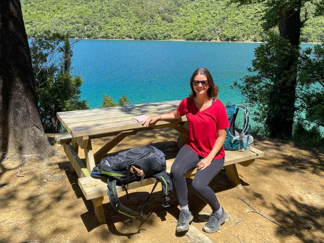 Erin wearing Lululemon Wunder Under tights and Bluffworks t-shirt on Queen Charlotte Track